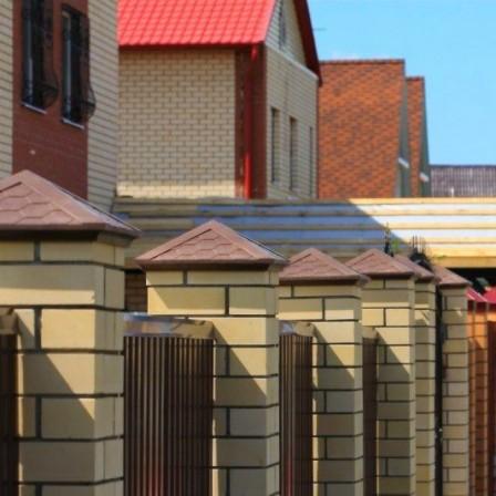Полимерпесчаные колпаки на заборные столбы - эстетичная защита