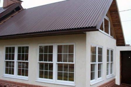 Вертикально-сдвижные окна: стильное украшение фасада