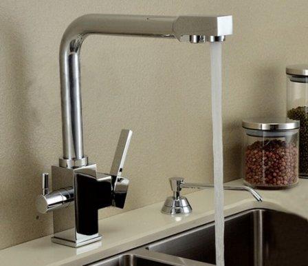 Кухонные смесители с двумя изливами