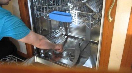 Компания «Белый сервис» делает выгодное предложение по ремонту посудомоечных машин