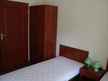 Как выбрать правильную мебель для общежитий и гостиниц