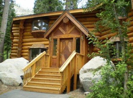 Как защитить деревянный дом от разрушения?