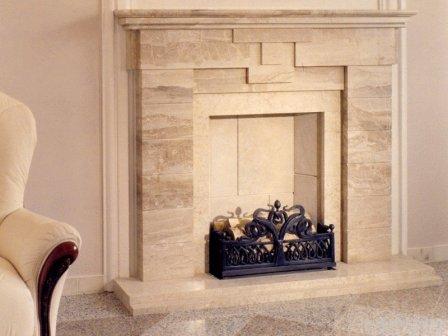Декоративные камины в интерьере квартиры
