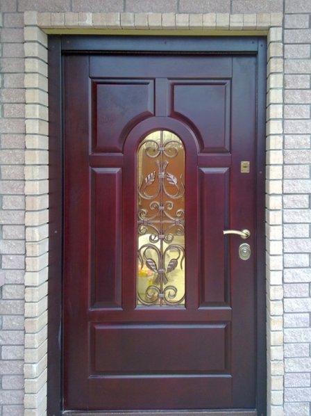 Входные двери для загородного дома – удобство и защита от взлома