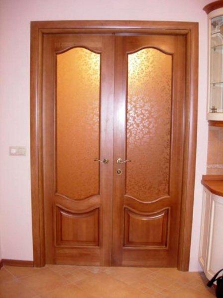 Шпонированные двери - преимущества и нюансы выбора