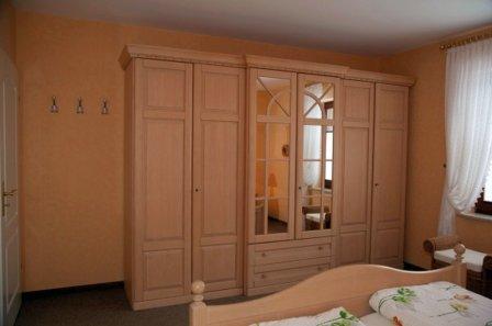Шкаф с душою нараспашку - мебель для взрослых и детей