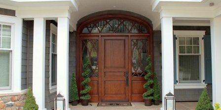 Элитные входные двери для загородного дома