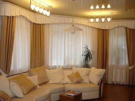 Бежевые шторы в интерьере