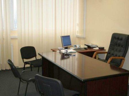 Как обустроить свой офис с помощью мебели?