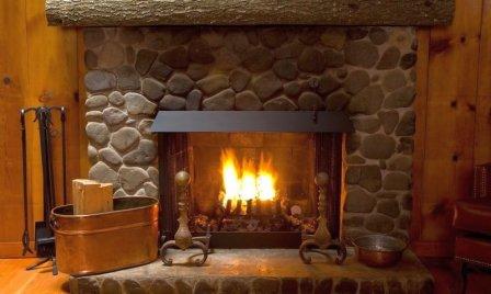 В каком месте дома лучше обустроить камин?