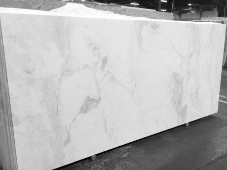Белый мрамор: особенность и виды материала
