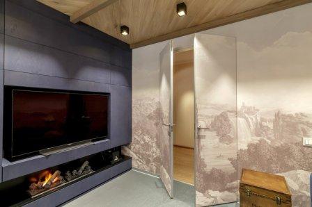 Двери невидимки в интерьере квартиры и дома
