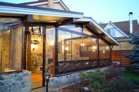 Какие мягкие окна лучше: ПВХ, полиуретан, полиэстер?