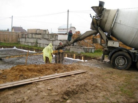 Товарный бетон: особенности производства и доставки потребителю
