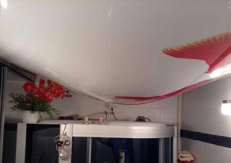 затопили натяжной потолок москва