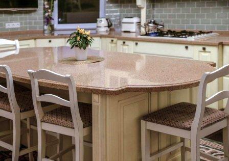 Искусственный камень как оригинальное решение на вашей кухне